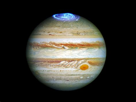 Juno Finds Jupiter's Powerful Auroras 'defy Earthly Laws