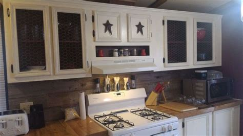 barn kitchen cabinets mobile home gets rustic farmhouse kitchen makeover 4319