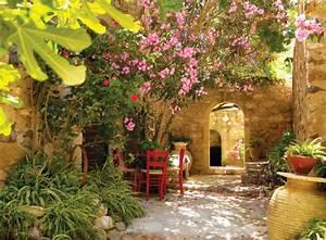 Mediterrane Gärten Bilder : mediterraner garten m rchenhafte atmosph re schaffen ~ Orissabook.com Haus und Dekorationen