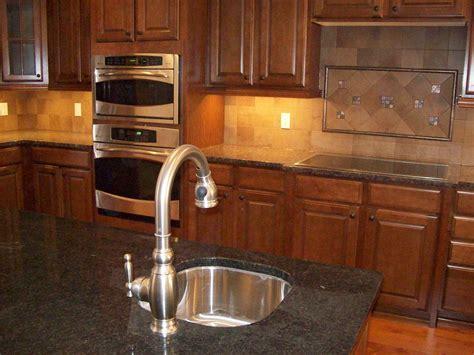 Kitchen: Handsome L Shape Small Kitchen Design And