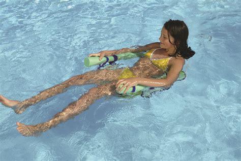 piscine avec siege bouée personnalisée avec votre logo publicitaire grossiste