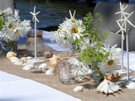 Beach Theme Table Decorations Adornos De Mesa Para Baby Shower Request For Books Instead Of Cards Baseball Favors Affordable Invitations Animal Theme Rental Rooms Showers How To Host An Online Camouflage