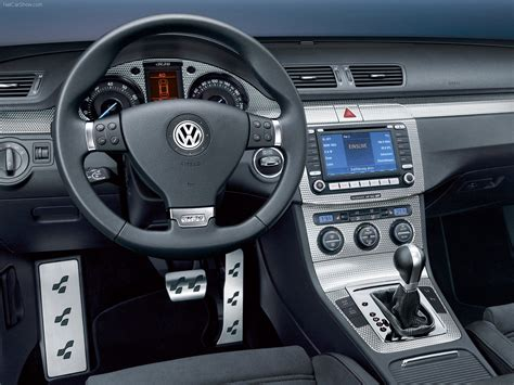 Volkswagen Passat R36 (2007) - picture 32 of 44