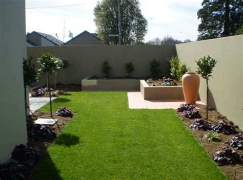 simple modern landscaping ideas inspiring and outstanding garden concept idea to beautify