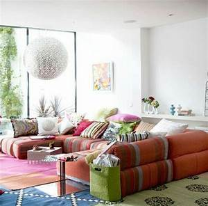 le canape marocain qui va bien avec votre salon archzinefr With tapis oriental avec tetieres canapes