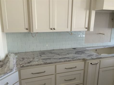 kitchen backsplash tile with white cabinets small kitchen tile backsplash white ideas pictures
