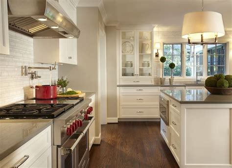 kitchen islands pictures 86 best images about carol s new kitchen on 2082