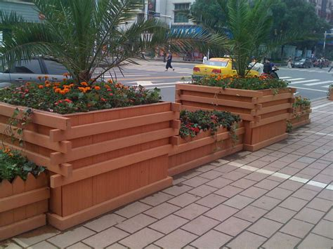 how to make wooden planter boxes waterproof front yard
