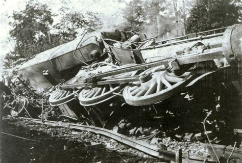 The Impending Train Wreck Over 10 Barrel