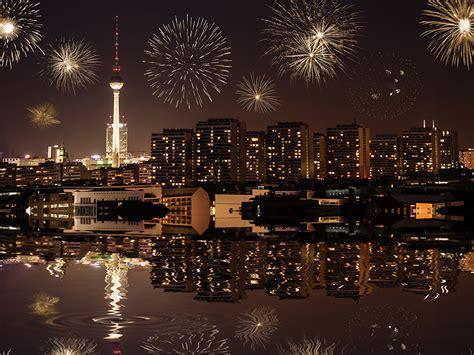 fonds d ecran feu d artifice maison berlin allemagne nuit