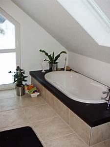 Badezimmer Gestalten Dachschräge : fliesen kleines bad ~ Markanthonyermac.com Haus und Dekorationen