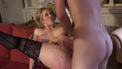 A Busty Milf That Has Amazing Knockers Is Getting