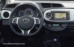 Fonctionnement Hybride Toyota : toyota yaris hybride essai d taill ~ Medecine-chirurgie-esthetiques.com Avis de Voitures