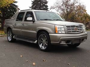 2002 Cadillac Escalade Ext - Pictures