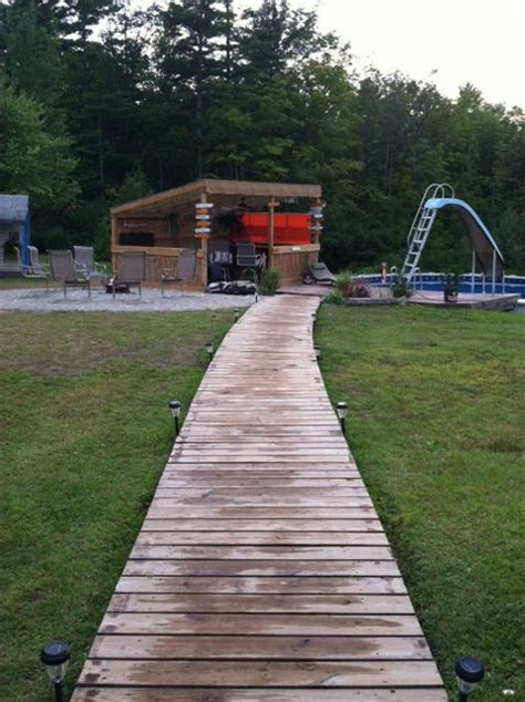 wooden walkway pathway landscaping garden walkway