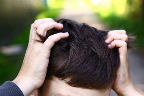 bruciori alla testa formicolio alla testa e al viso le possibili cause e i rimedi