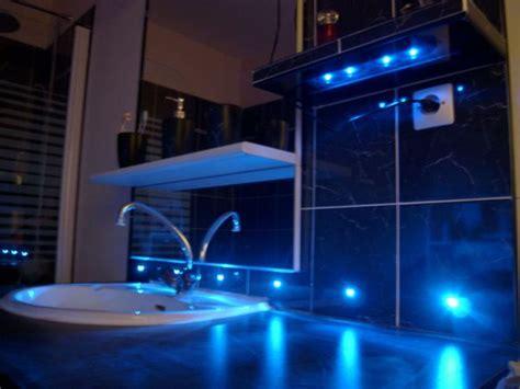 neon chambre du led dans votre salle de bain de geeks
