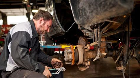 How To Find the Right Auto Mechanic | Angie's List