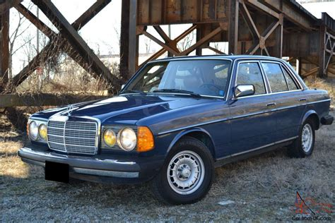 At it's core is it's basic engineering and it's simplicity. 1985 Mercedes Benz 300D Turbo Diesel - Local 1 owner w 53k original miles W123