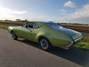 1969 Oldsmobile F85 Holiday Coupe