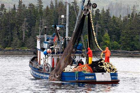 Charter Fishing Boats In Juneau Alaska by Alaska Commercial Fishing Boats Alaska Wilderness