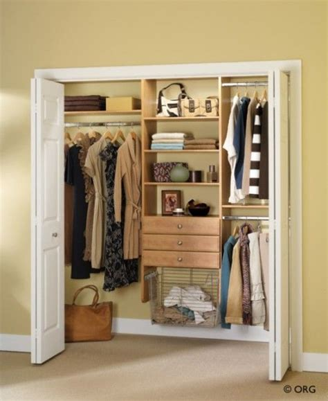 Closets For Small Bedrooms by 1000 Ideas About Small Bedroom Closets On