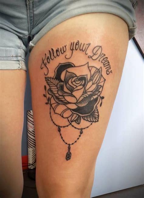 Tattoo Cuisse 19 Best Tatouages Sally Noir Et Blanc Images