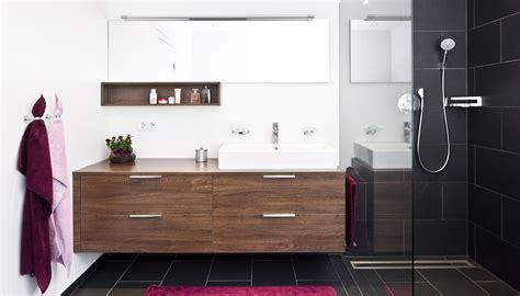 Badezimmer planen & renovieren Badezimmermöbel nach Maß