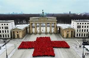Deutsches Rotes Kreuz Berlin : 150 jahre deutsches rotes kreuz eine idee schreibt ~ A.2002-acura-tl-radio.info Haus und Dekorationen