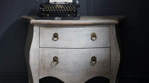 les multiples effets d 233 coratifs de la peinture pour meuble