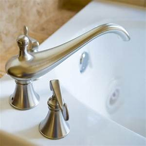 How to clean bathroom fixtures faucets and handles for How to clean bathroom faucets