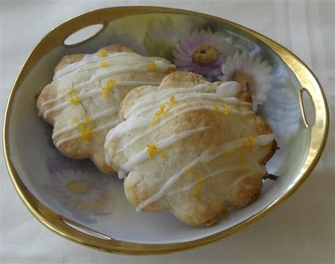 lemon rhubarb turnovers