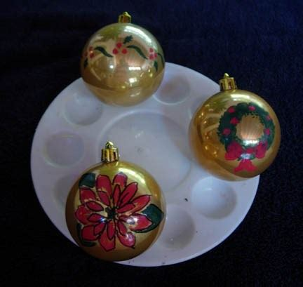 decorate   christmas ornaments  artful crafter