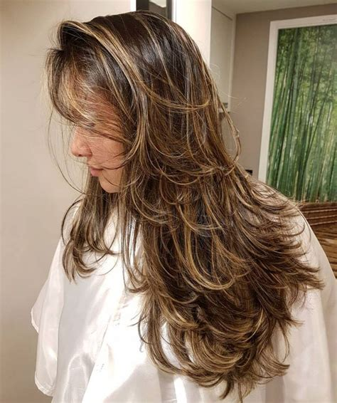 Hairstyles For Hair With Layers by Feathered Cut With Layers Current In 2019