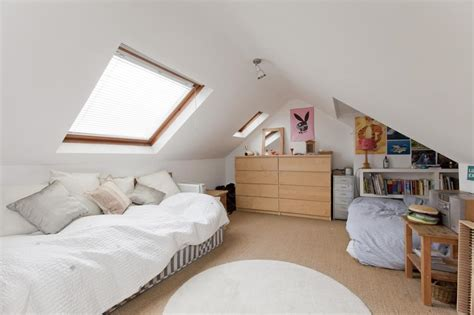 Decorating Ideas For A Small Loft Bedroom by How To Decorate A Small Loft Room Decoratingspecial