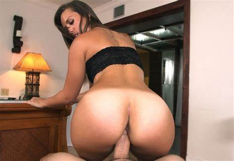Kelsi Monroe Worships The Brunette Monster