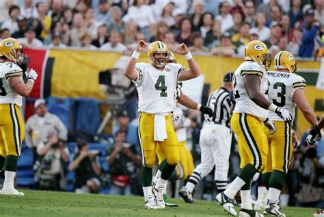 Brett Favre 25 Greatest Moments Of His Hall Of Fame