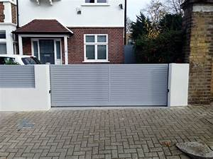 Compound wall gate grill design boundary