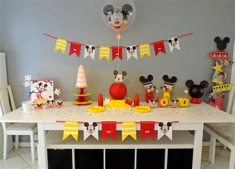 chambre b b mickey un troisième anniversaire quot mickey quot 100 fait maison le