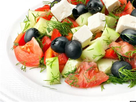 mediterranean diet lowers cholesterol levels even when no weight loss is achieved study finds