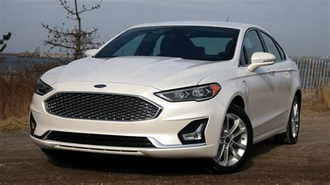 2019 Ford Fusion Energi New Dad Review