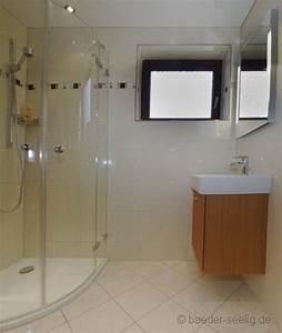 Möbel Für Kleines Bad : badgestaltung ideen f r kleine b der ~ Frokenaadalensverden.com Haus und Dekorationen