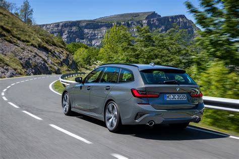 Generation after generation, the 3 series continues to offer world class design, and advancements in technology. 2020 BMW G21 3 Series Touring is Here - GTspirit