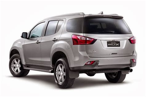 It is available in 2 variants, 1 engine option and 1 transmission option : 2014 Isuzu MU-X launched
