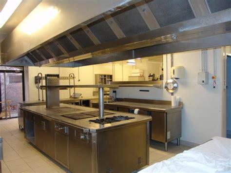 piano de cuisine occasion a vendre piano de cuisine maestro de bonnet ouveillan 11590