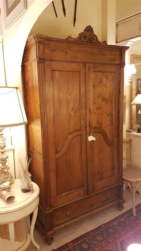 mobili in legno di pino arredamento contemporaneo mobili country su misura siena