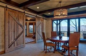 25 diverse dining rooms with sliding barn doors for Barn doors for dining room