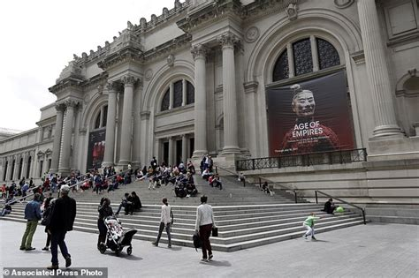 metropolitan museum of works to rebound from money woes daily mail