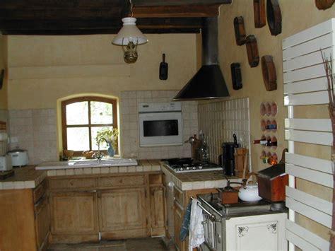 cuisine maison ancienne deco cuisine ancienne cagne kirafes