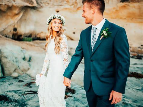 wonderful beach wedding dresses  hot weather